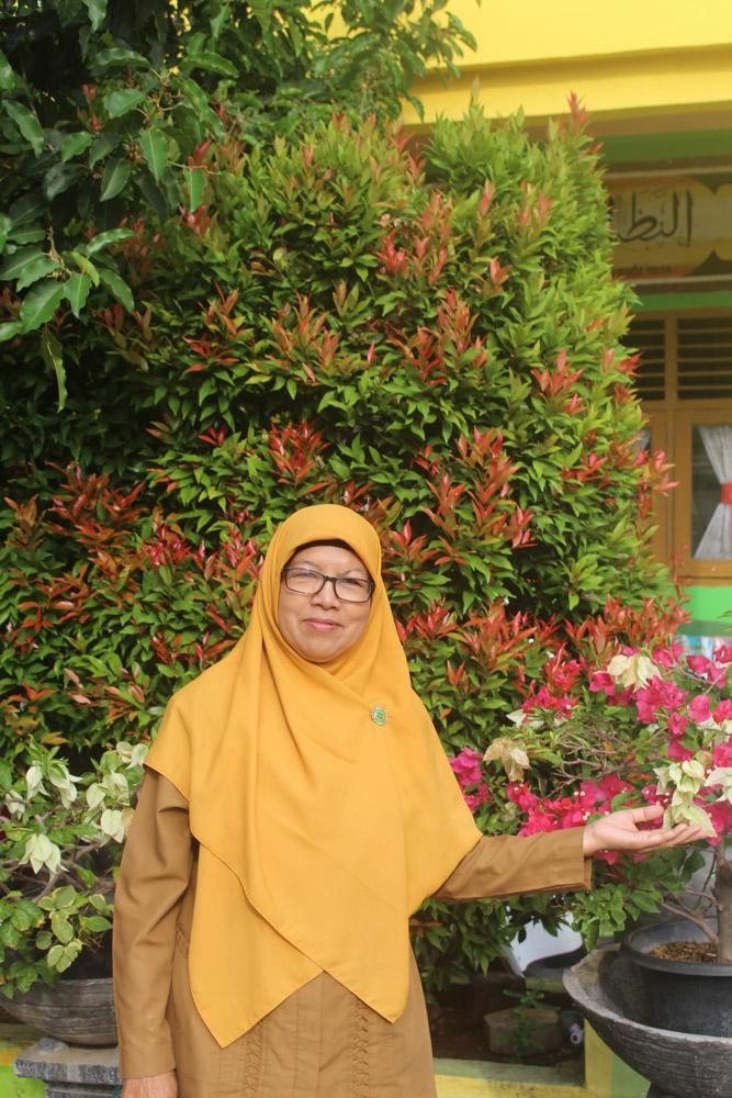 Bendahara Madrasah Madrasah Ibtidaiyah Negeri 1 Banda Aceh